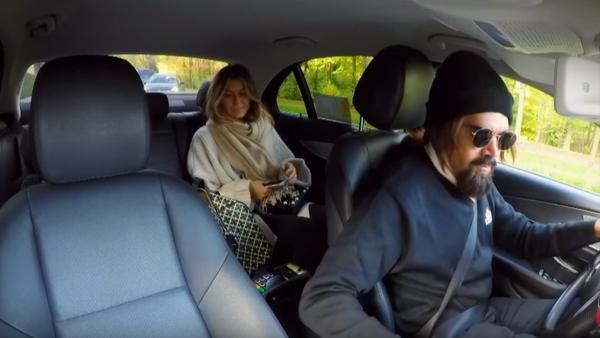 Här blir Bianca Ingrosso blåst av fejktaxi i Talang